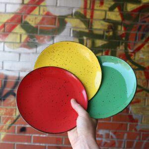 Desertni tanjuri zelena žuta i crvena boja