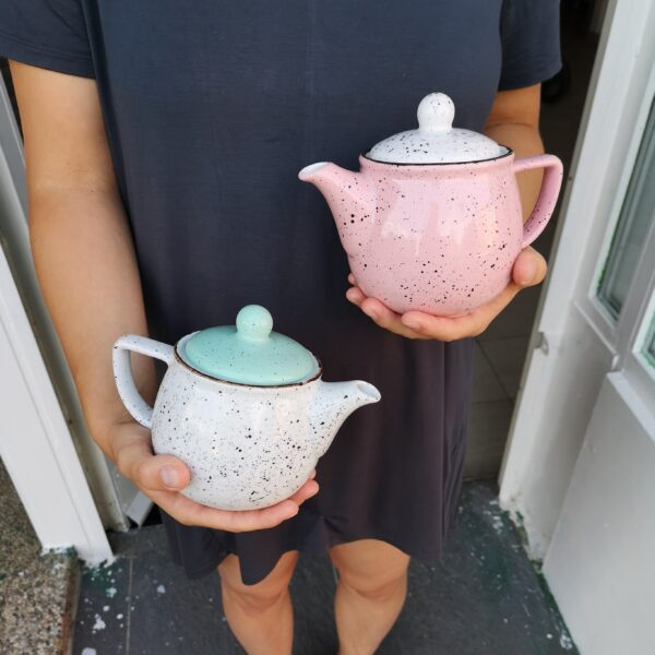 porculanski čajnici