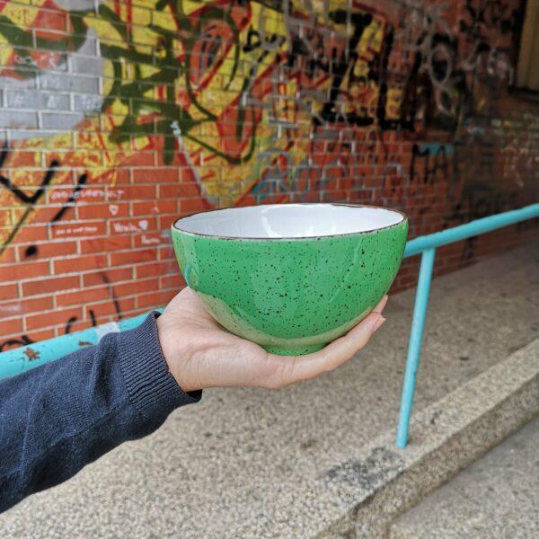 zelena porculanska zdjelica